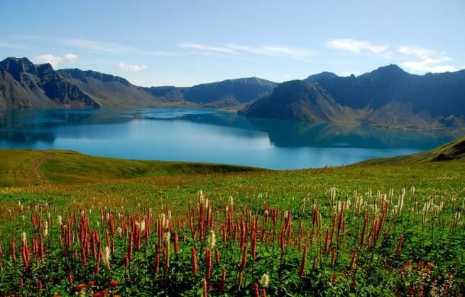 Горы и озера
